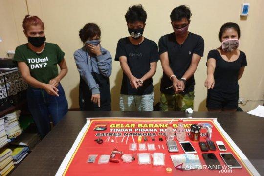 Polisi bongkar peredaran narkoba di hotel kawasan Senggigi