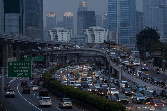 Sepekan Jakarta, perpanjangan PSBB hingga antrean pemohon SIM