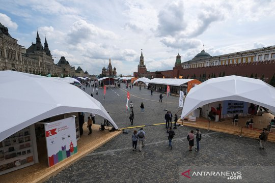 Moskow akhiri masa karantina meski kasus corona Rusia lampaui 485.000