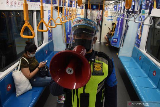 Penumpang MRT April-Mei turun tajam imbas COVID-19