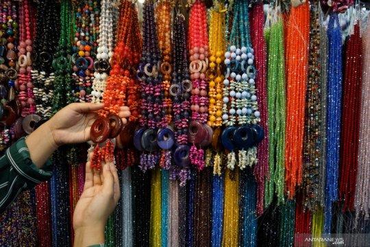 Mendag ajak masyarakat beli produk pernak-pernik buatan Indonesia