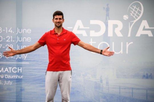 Djokovic dan istrinya dinyatakan negatif COVID-19