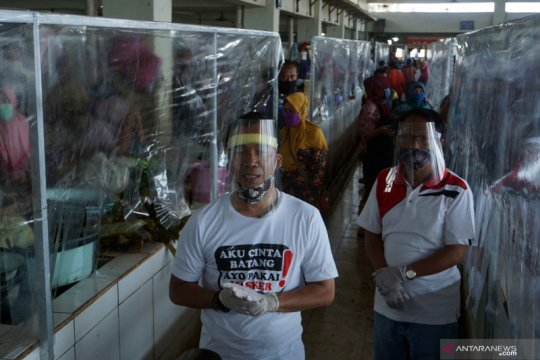 Kabupaten Batang coba penerapan tatanan normal baru di pasar
