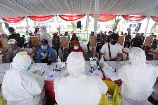 123 orang reaktif hasil tes cepat massal di Surabaya