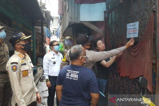 Belasan pekerja konveksi dari luar Jakarta jalani isolasi mandiri