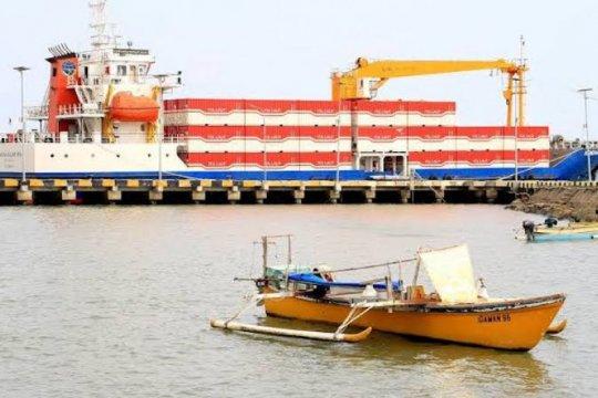 """Pemerintah diminta kembangkan pelabuhan """"feeder"""" maksimalkan tol laut"""