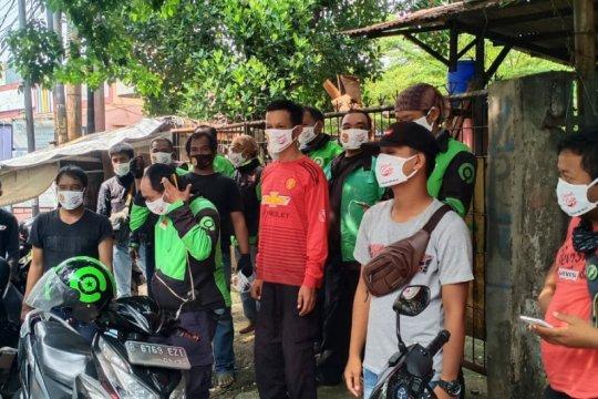 JCUIM donasi ribuan masker dan sembako warga terdampak COVID-19