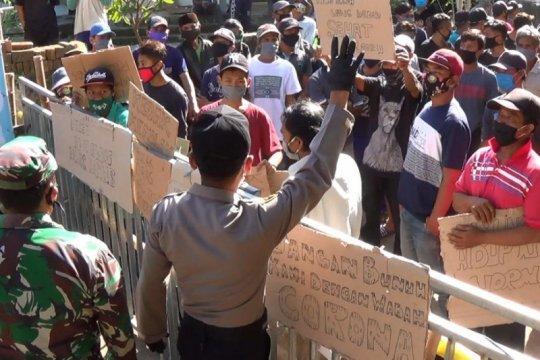 Warga Kedak Kabupaten Kediri tolak rapid test