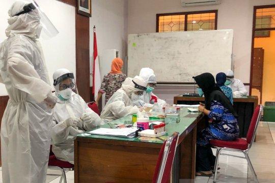 """RDT """"tracing"""" penjual ikan positif COVID-19 di Yogyakarta diperluas"""