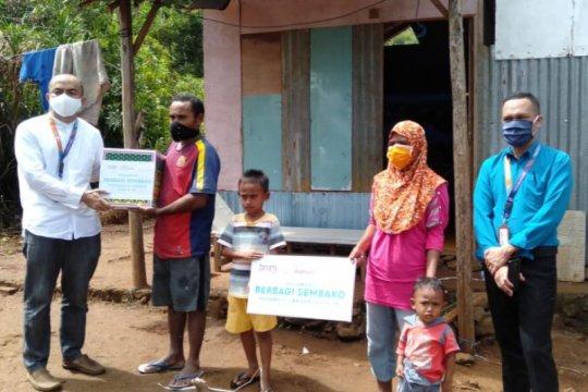 Bantuan sembako disalurkan Bank Maumalat pada warga terdampak di KTI