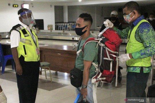 Bandara El Tari selesaikan protokol kesehatan sambut normal baru