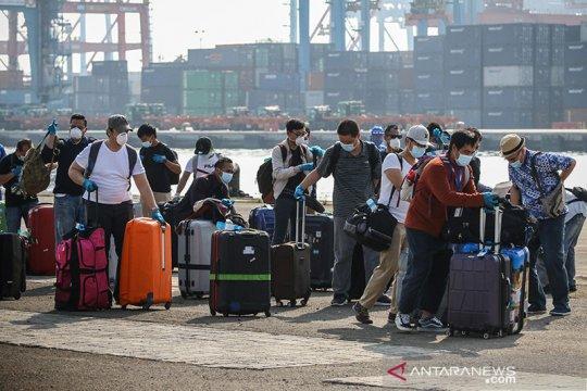 343 WNI ABK kapal pesiar MV Roterdam tiba di Priok