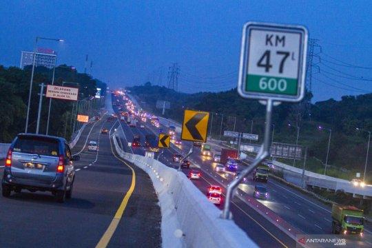 Waspada kemacetan, mulai Senin Tol Japek KM 36 arah Jakarta diperbaiki