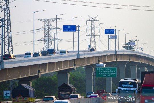 Tol layang Jakarta-Cikampek kembali dioperasikan