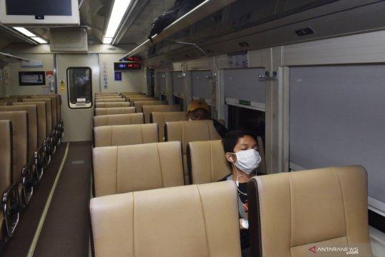 KAI perpanjang operasional kereta luar biasa hingga 11 Juni