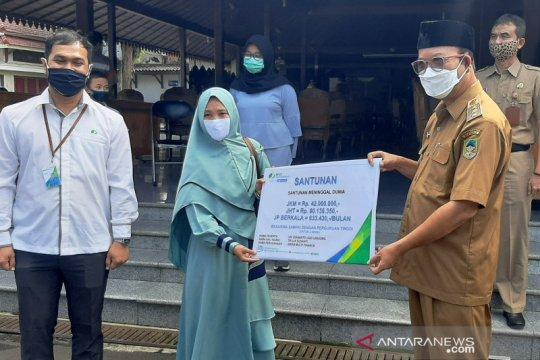 Santunan ahli waris korban COVID-19 diserahkan BPJamsostek Purwokerto