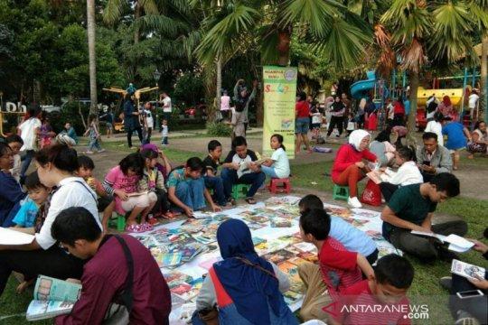 Literasi tingkatkan kreativitas masyarakat pada era normal baru