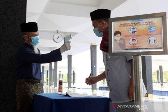 Surau di mall dan tempat istirahat di Malaysia kembali dibuka