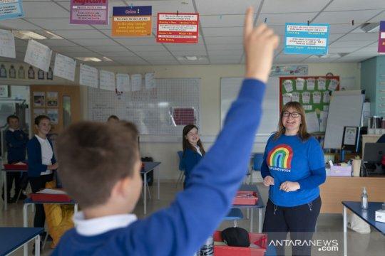 Sekolah Dasar di Inggris kembali dibuka