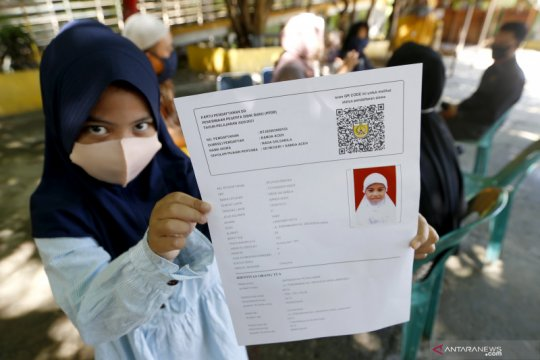 Di Semarang, dua siswa perebutkan satu kursi SD
