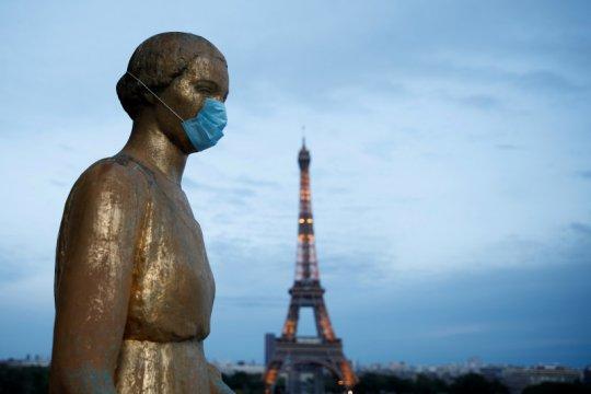 Menara Eiffel di Paris dibuka lagi untuk turis pada 25 Juni
