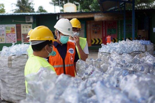 Cara Danone-Aqua tingkatkan kualitas manajemen sampah plastik