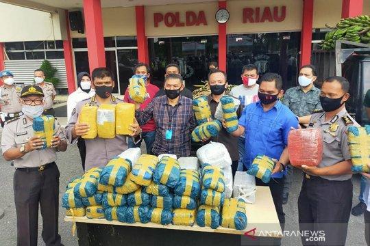 Polda Riau sita 100 kg ganja asal Aceh