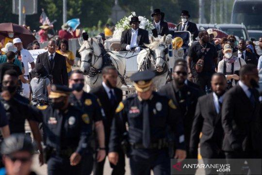 Trump: Polisi sebaiknya tidak gunakan teknik mencekik leher