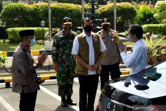 Presiden kunjungi kantor Gugus Tugas Nasional COVID-19