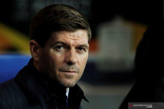 Gerrard disarankan tidak langsung latih Liverpool setelah Rangers
