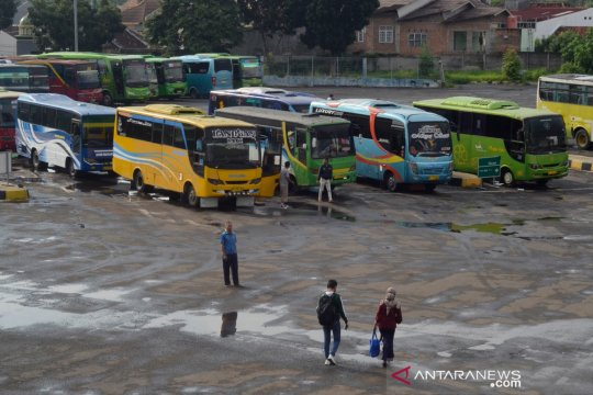 Terminal Rajabasa mulai layani perjalanan