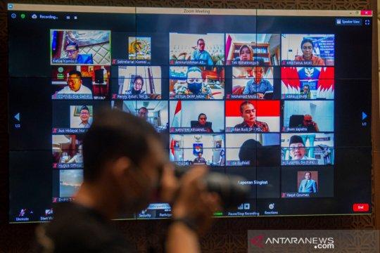 Anggota DPR: KPU fokus persiapan Pilkada, jangan urus pengadaan APD