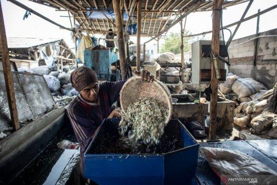 DKI Jakarta catat komposisi sampah plastik naik saat PSBB