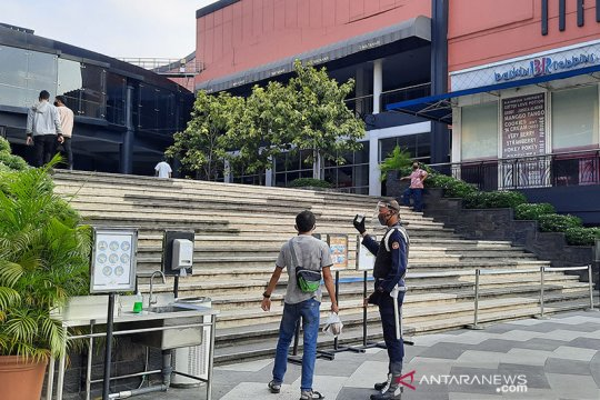 Wali Kota Jaksel ingatkan pusat perbelanjaan patuhi protokol kesehatan