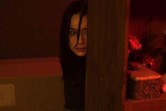 "Alasan Tatjana Saphira dipilih untuk film ""Perempuan Bergaun Merah"""