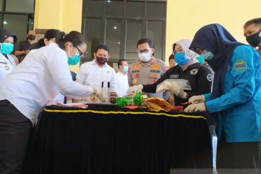 Polda Kalbar musnahkan barang bukti dua kilogram sabu-sabu