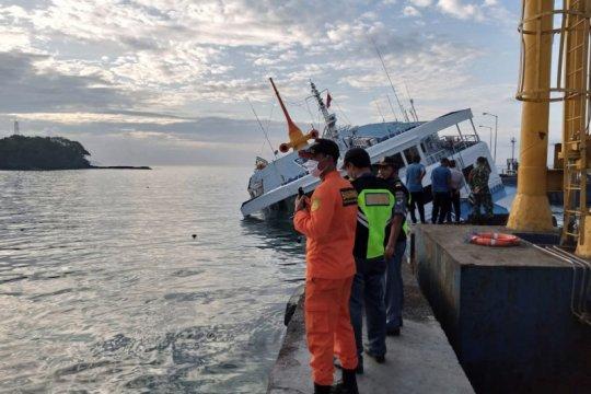 Diduga bocor, 66 orang dalam KM Dharma Rucitra III dievakuasi selamat