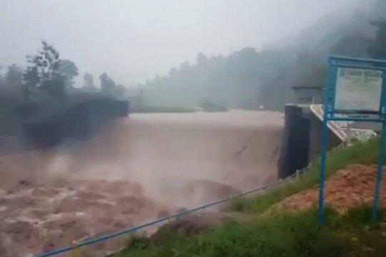 Banjir bandang kepung Desa Rumbia Kabupaten Jeneponto