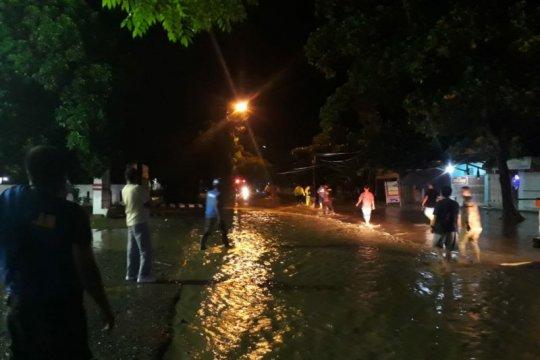 Empat warga hilang terseret arus banjir Jeneponto