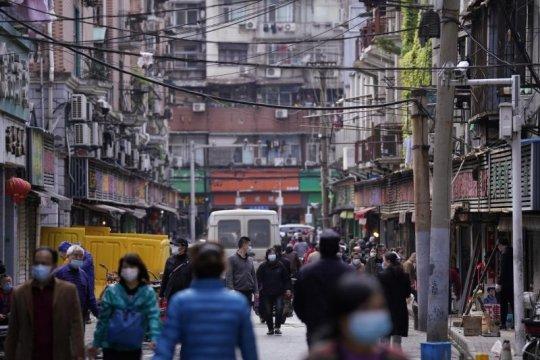 Truk tabrak pasar di China tewaskan enam orang, lukai 14