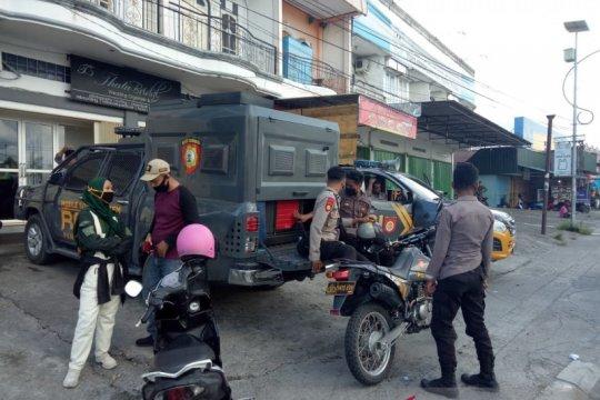 Polres Mimika siagakan anggota di Jalan Busiri Sempan cegah keributan