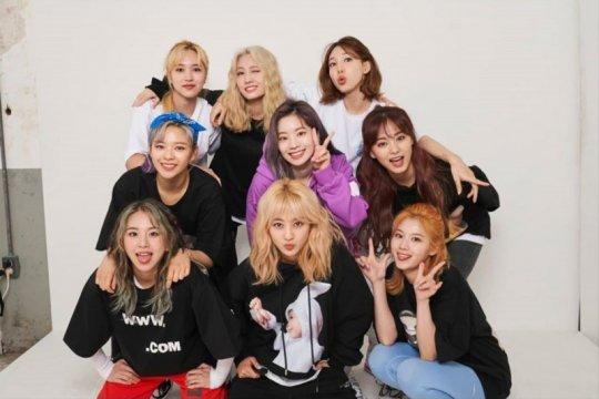 TWICE nomor satu reputasi merk grup K-pop wanita bulan Juni