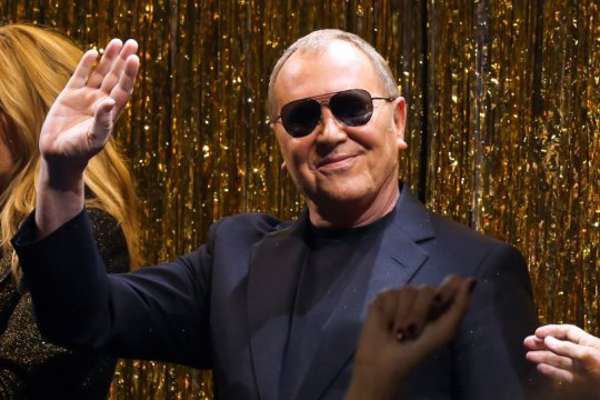 Michael Kors tak akan ikut New York Fashion Week