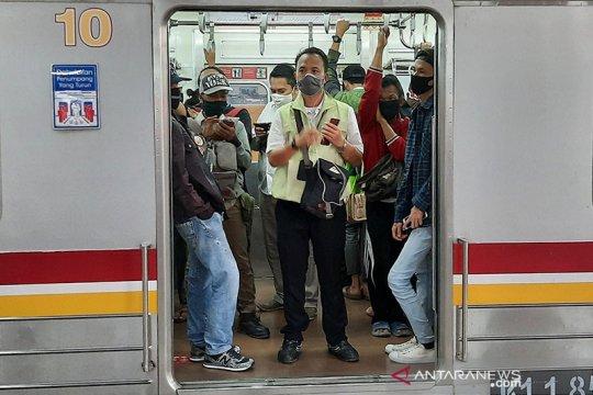 Rute Bogor dan Bekasi terpantau padat di Stasiun Manggarai