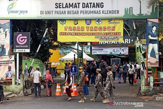 Dirut Pasar Jaya ingatkan pedagang konsisten pada protokol kesehatan