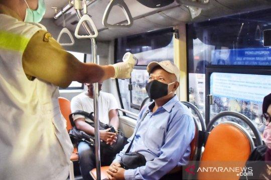 Bus gratis angkut 260 penumpang dari Stasiun Bojonggede dan Cilebut