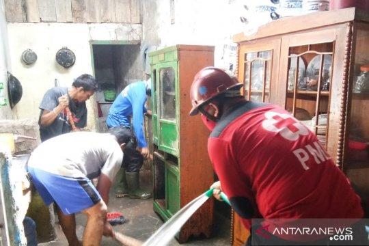 PMI mobilisasi relawan bantu penanganan longsor dan banjir di Sulsel