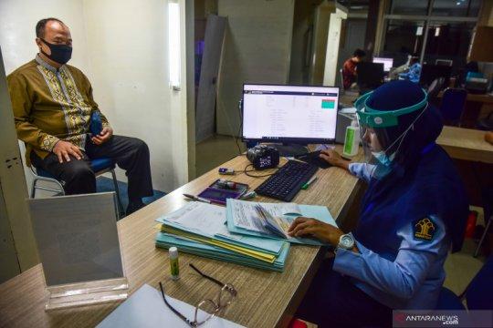 Layanan pembuatan paspor aktif kembali