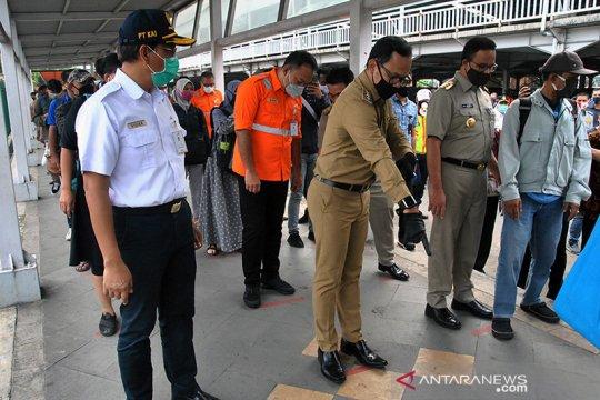 Gubernur Anies: jeda sif kerja di Jakarta tiga jam
