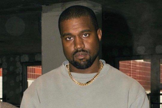 "Kanye West dipuji karena lagu baru, dikritik soal tweet ""miliader"""